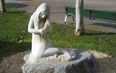 Statue of Lamia