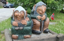 A troll couple