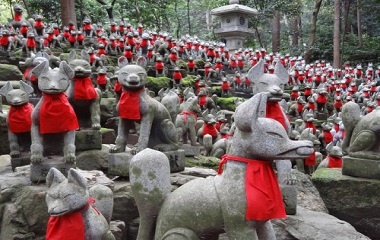 Kitsune Statues