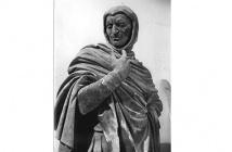 Mephistopheles statue