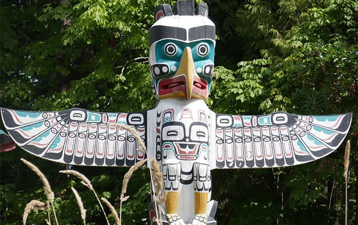 A Thunderbird totem pole