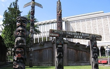 Thunderbird Park Royal Museum